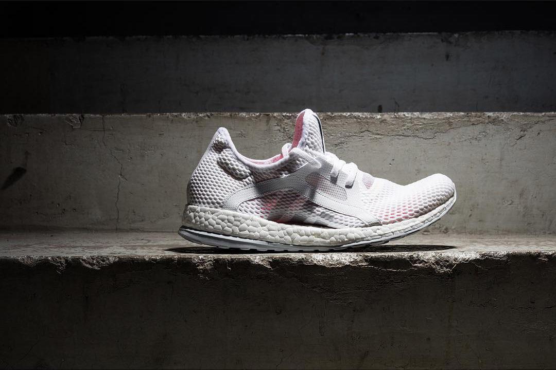 adidas Originals Ultra Boost Mesh Upper