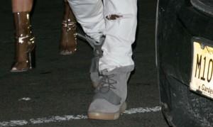 adidas-yeezy-grey-5