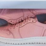 """【リーク】Nike Air Jordan 1 Low """"Swooshless"""" 新色ピンクの画像が流出!!!!"""