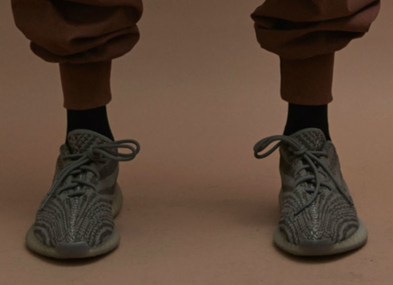 928a8f0aeca Version SPLY 350 boost V 2 2016 New Kanye West Boost 350 Season 3 Running Shoes  Gray Orange