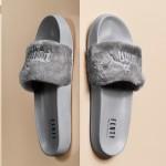 【8月5日発売予定】Rihanna x Puma Fenty Slide Grey 【これは鉄板】