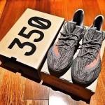 """【8月27日発売】adidas Yeezy Boost 350 V2 """"Orange Stripe""""【イージーブースト 350 V2】"""