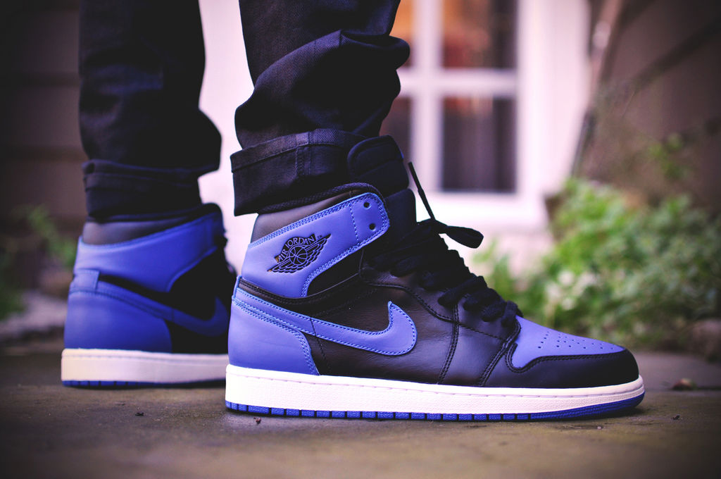 http://sneakerbucks.com/wp-content/uploads/2016/09/royal-air-jordan-1-2013_rjqeot.2.jpg