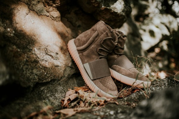 adidas-yeezy-boost-750-light-brown-4