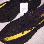 """【新色リーク】Yeezy Boost 350 V2 """"Black/Yellow""""【イージーブースト350 V2 ブラック/イエロー】"""