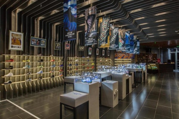 nike-foamposite-retrospective-exhibition-hits-shanghai14-700x468