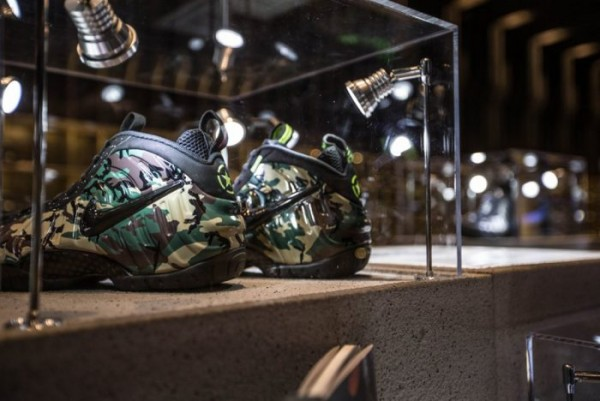 nike-foamposite-retrospective-exhibition-hits-shanghai18-700x468