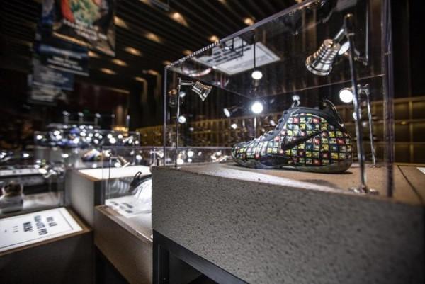 nike-foamposite-retrospective-exhibition-hits-shanghai6-700x468