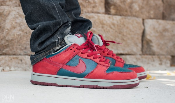 nike-sb-dunk-low-shark-1