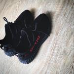 """【2月11日発売予定】adidas Yeezy Boost 350 V2 """"Black Red""""【新画像リーク】"""