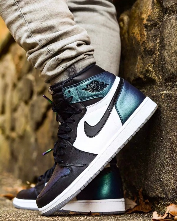 air-jordan-1-gotta-shine-all-star-on-foot-04