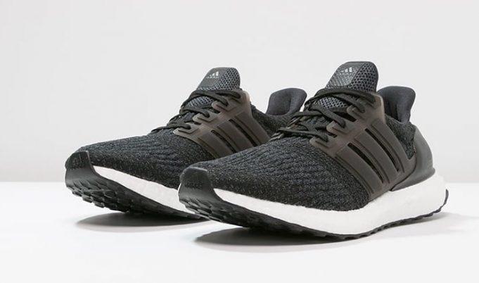 リーク adidas ultra boost 4 0 core black and triple white アディダス