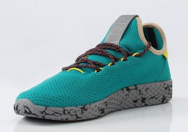 pharrell-adidas-tennis-hu-2