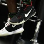 "Nike Kyrie 3 ""Yeezy""【ナイキ カイリー3 イージー】"