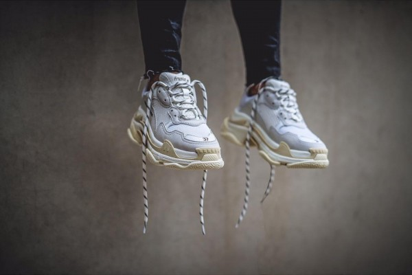 balenciaga-triple-s-cream-on-foot-4