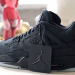 """【2018年春夏発売?!】KAWS x Air Jordan 4 """"Black/Black""""【カウズ x エアジョーダン4】"""