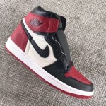 "【2018年発売】Air Jordan 1 Retro High OG ""Bred Toe""【エアジョーダン1】"