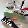 【12月8日発売】Off-White Vulcanized Striped Low Top Sneaker【ヴァージル】