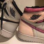 "【4月発売】Nike SB x Air Jordan 1 Retro High OG ""Light Bone/Crimson Tint-Hyper Pink-Black""【ナイキSB x エアジョーダン1】"