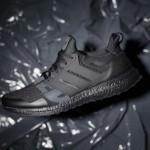 """【カラバリ追加】Undefeated x adidas Ultra Boost """"Triple Black"""""""