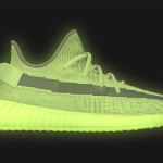 "【5月25日発売】Yeezy Boost 350 V2 ""Glow in the Dark""【イージーブースト350 V2】"