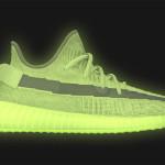 """【5月25日発売】Yeezy Boost 350 V2 """"Glow in the Dark""""【イージーブースト350 V2】"""