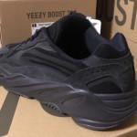 """【6月29日】adidas Yeezy Boost 700 V2 """"Vanta"""" 【FU6684】"""