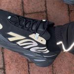 """【2月8日発売】adidas Yeezy Boost 700 MNVN """"Triple Black""""【イージーブースト 700 MNWN】"""